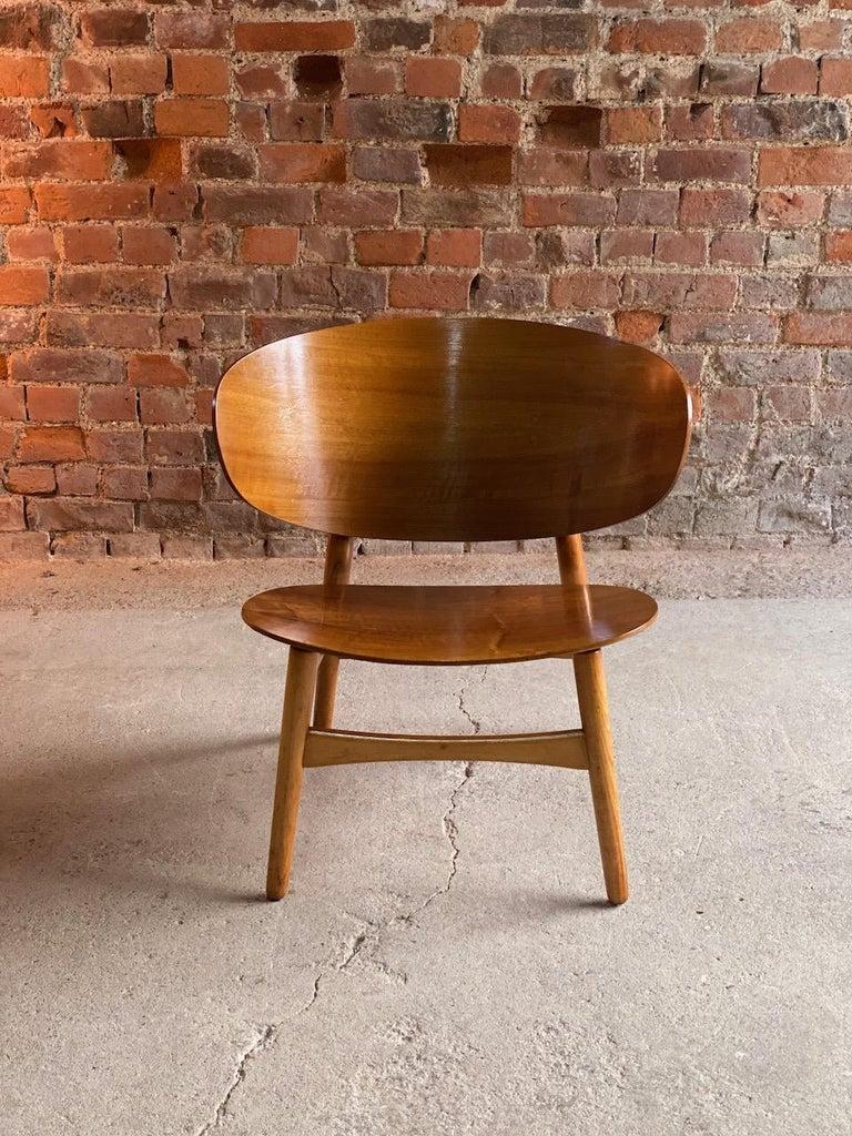 Hans Wegner Shell Chair Model FH 1936 for Fritz Hansen Midcentury Danish, 1950 For Sale 1