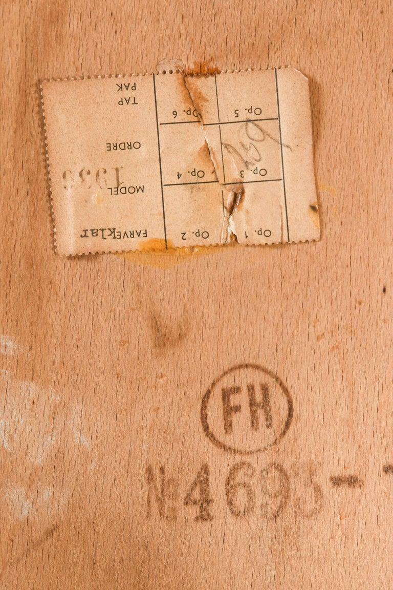 Hans Wegner Shell Easy Chair Model 1936 Produced by Fritz Hansen in Denmark For Sale 5