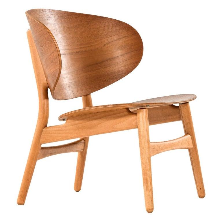 Hans Wegner Shell Easy Chair Model 1936 Produced by Fritz Hansen in Denmark For Sale