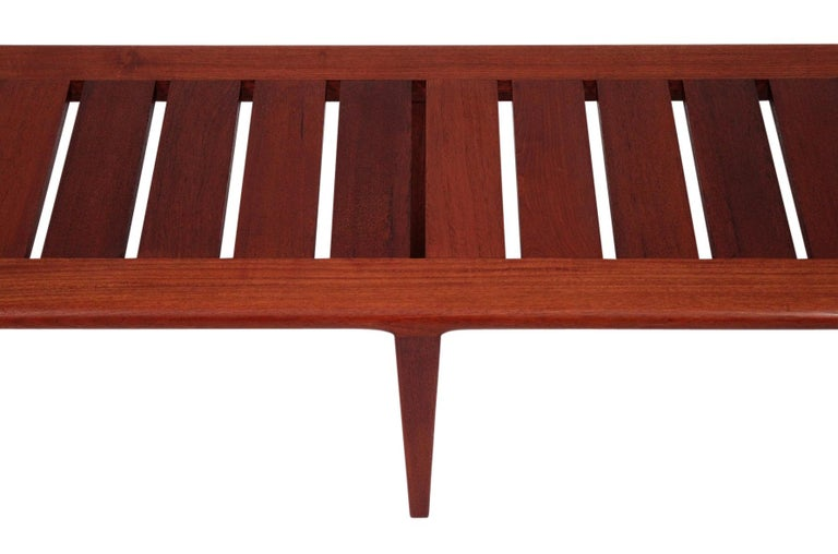 Hans Wegner Slatted Bench for Johannes Hansen For Sale 3