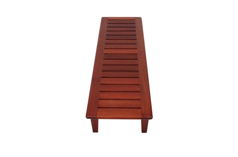 Hans Wegner Slatted Bench for Johannes Hansen In Good Condition For Sale In Pawtucket, RI