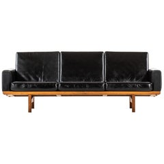 Hans Wegner Sofa Model GE-236 Produced by GETAMA in Denmark