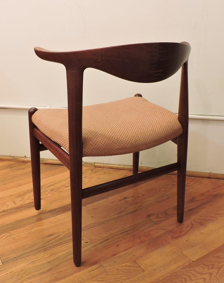Scandinavian Modern Hans Wegner Teak Cow Horn Chair Model JH 505 for Johannes Hansen