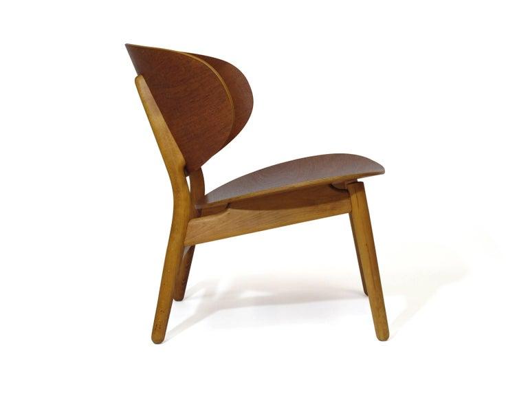 Oiled Hans Wegner Teak Shell Chair FH For Sale