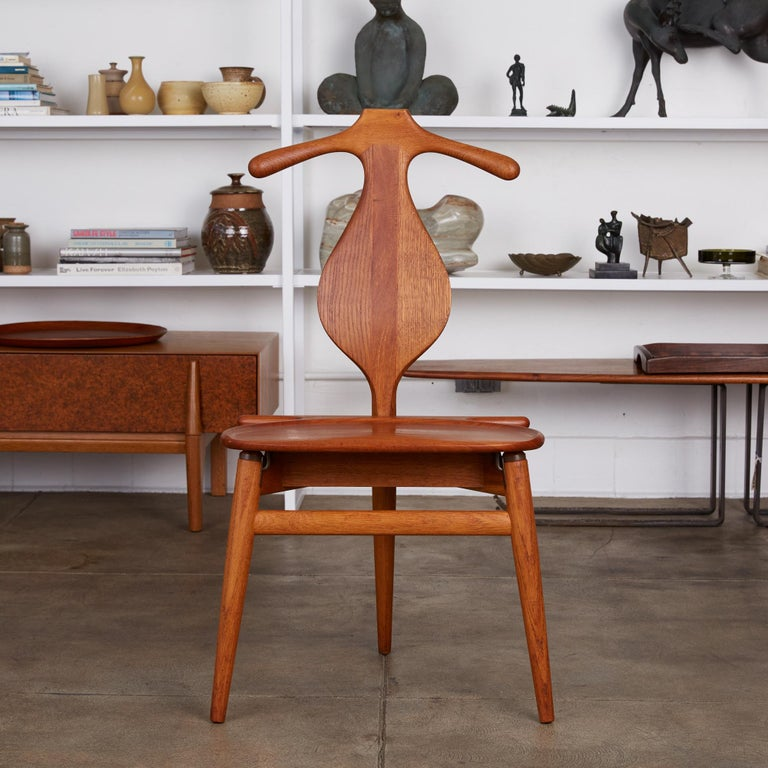 Mid-Century Modern Hans Wegner Valet Chair For Sale