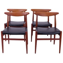 Hans Wegner W2 Chairs in Teak, Set of 4