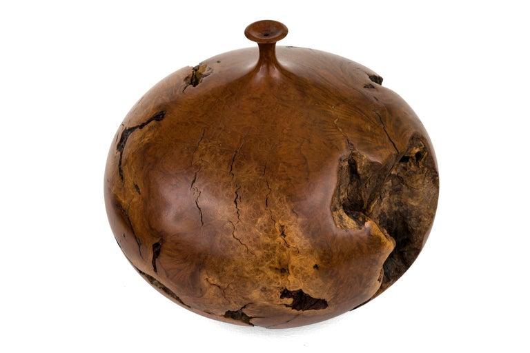 American Hap Sakwa Turned Manzanita Wood Vessel, USA 1982 For Sale