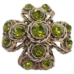 HAR Hargo Creations Vintage Pin Brooch, Maltese Cross in Brass with Peridot