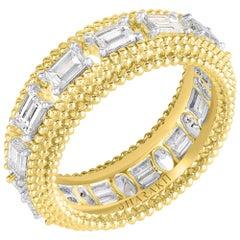 Harakh 18 Karat Yellow Gold Baguette Colorless Diamond Full Eternity Band Ring
