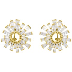 Harakh 18 Karat Yellow Gold Colorless Diamond Baguette Huggie Stud Earrings
