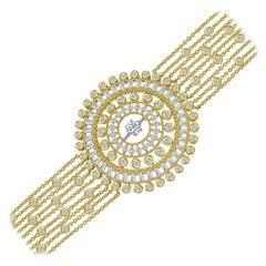 Harakh Colorless Diamond Round and Baguette Cut 18 Karat Yellow Gold Bracelet
