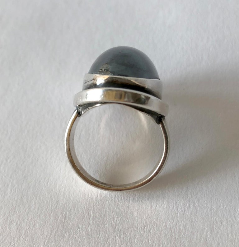 Harald Nielsen Georg Jensen Sterling Silver Hematite 46E Danish Modern Ring In Good Condition For Sale In Los Angeles, CA