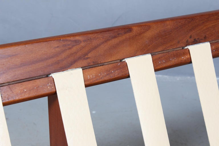 Mid-20th Century Harbo Sølvsten, Sofa / Daybed For Sale