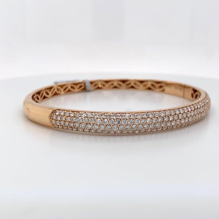 Round Cut Harbor D. Three-Row Diamond Bangle Bracelet 2.32 Carat 18 Karat Rose Gold For Sale