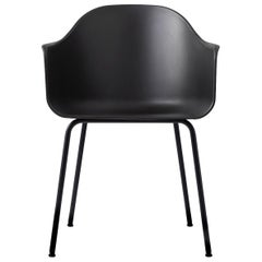 Harbour Chair, Legs in Black Steel and a Shell in Black