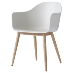 Harbour Chair, Natural Oak, White Shell