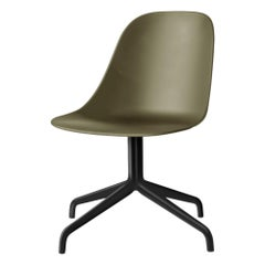 Harbour Chair, Swivel Base in Black Steel, White Shell