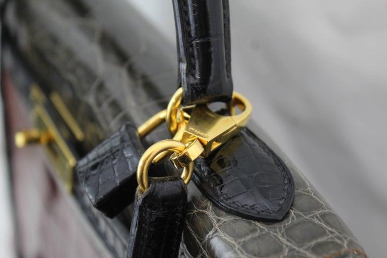 Hermes Tricolor Kelly 32 Alligator Bag, 1992  In Excellent Condition For Sale In Paris, FR
