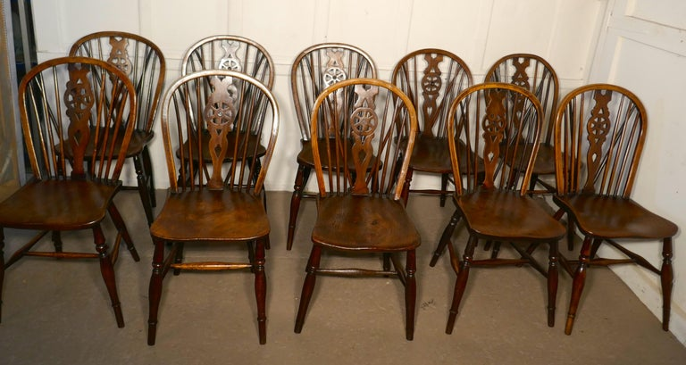 Harlequin Set of 10 Victorian Beech and Elm Wheel Back Windsor Dining Chairs 5