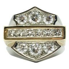 Von Harley Davidson Inspirierter Ring aus 18 Karat Gold mit Diamanten