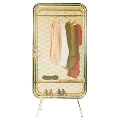 Harold Gold Cabinet, Jesse Visser