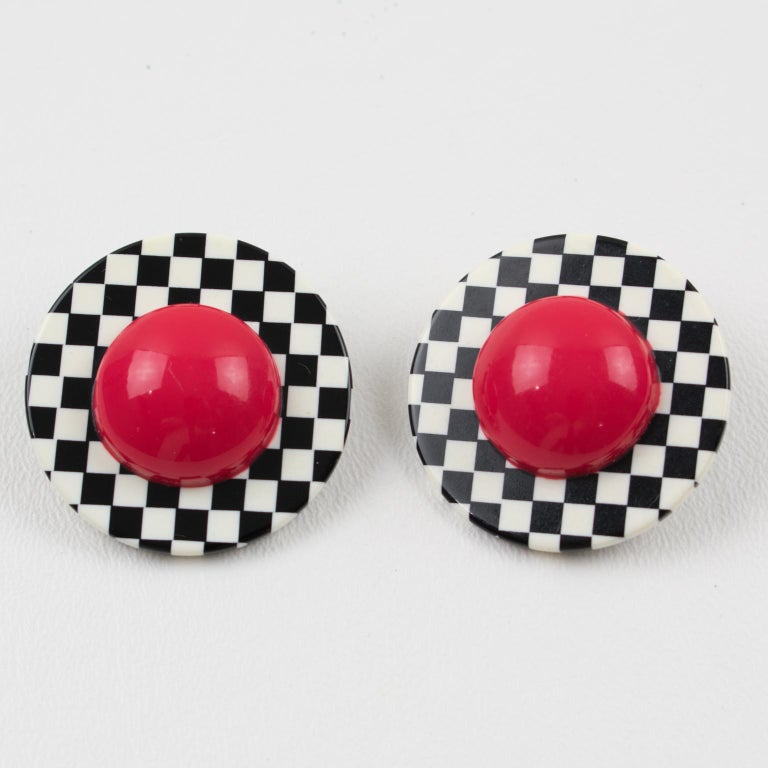 Modernist Harriet Bauknight for Kaso Lucite Clip on Earrings B & W Checkerboard For Sale