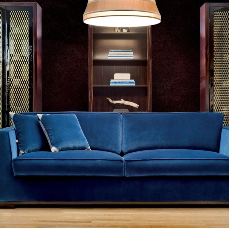 Italian Harris Sofa by DOM Edizioni For Sale