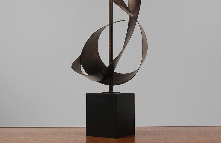 Harry Balmer Brutalist Metal Ribbon Table Lamp for Laurel For Sale 5