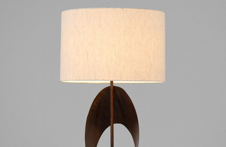 Mid-20th Century Harry Balmer Brutalist Metal Ribbon Table Lamp for Laurel For Sale