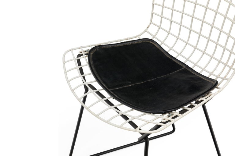 Steel Harry Bertoia Child's Chairs in White with Original Knoll Seat Pads, USA, 1960s For Sale