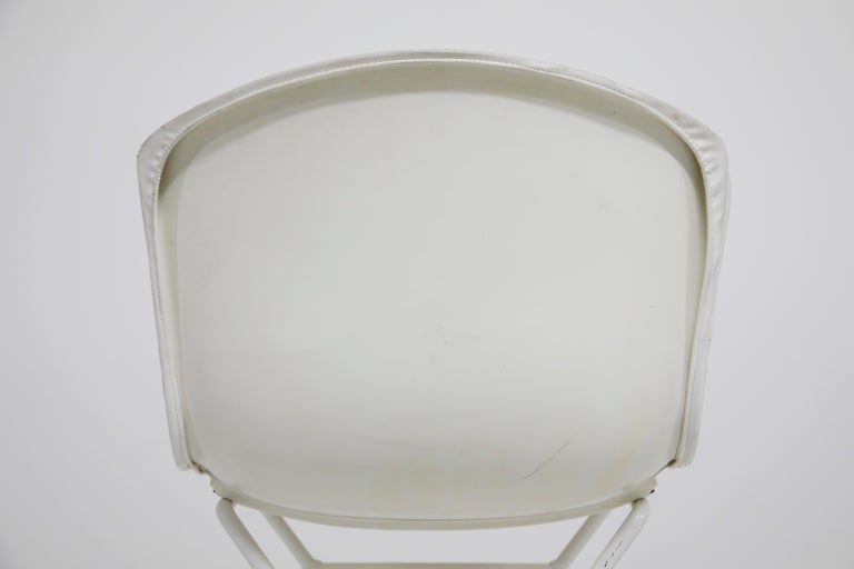 Harry Bertoia for Knoll Associates Molded Shell Stool, Signed First Generation For Sale 7