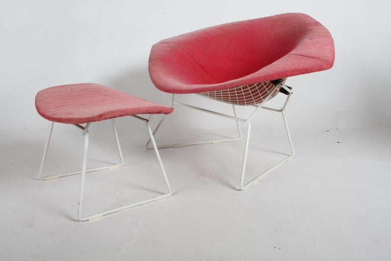 Painted Harry Bertoia for Knoll Wide White Diamond Chair & Ottoman with Pink Upholstery  For Sale