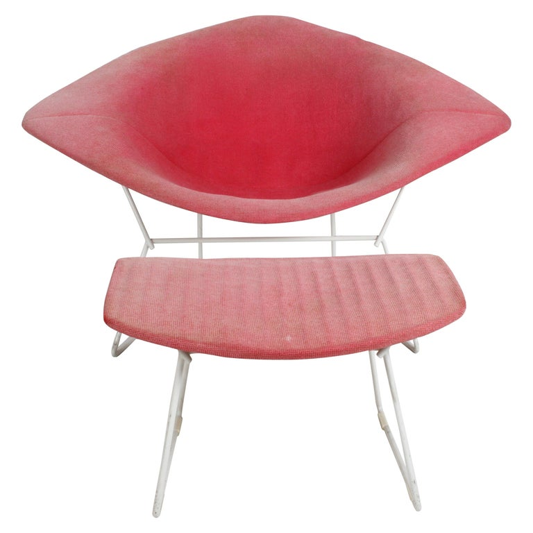Harry Bertoia for Knoll Wide White Diamond Chair & Ottoman with Pink Upholstery  For Sale