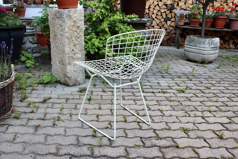 Harry Bertoia Mid-Century Modern Vintage Set of Four White Dining Chairs, 1950s For Sale 7