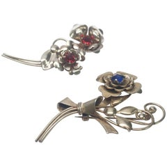 Harry Iskin 1940s Sterling Silver Pair of Flower Brooches / Pins