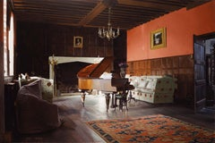 Rainthorpe - Piano in Hall
