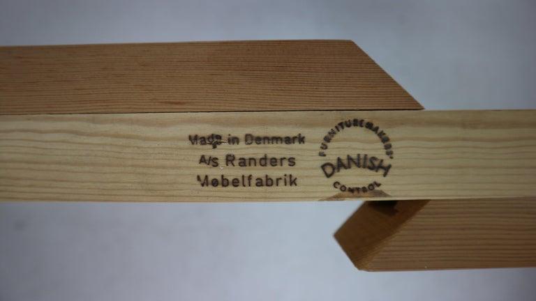 Harry Østergaard for Randers Møbelfabrik Danish Extendable Round Dinning Table 11