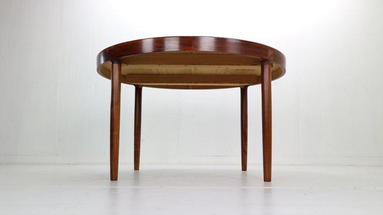 Mid-20th Century Harry Østergaard for Randers Møbelfabrik Danish Extendable Round Dinning Table