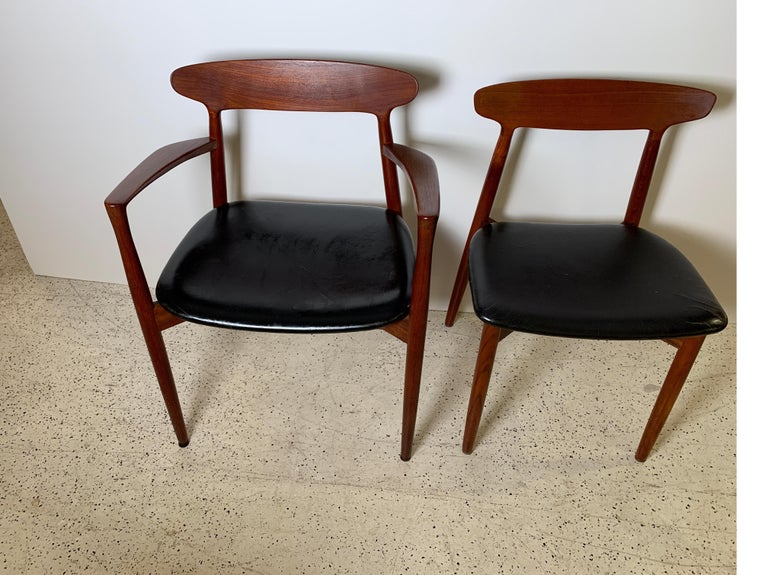 Harry Østergaard Set of Eight Teak and Leather Dining Chairs, Denmark, 1958 In Good Condition In Lambertville, NJ