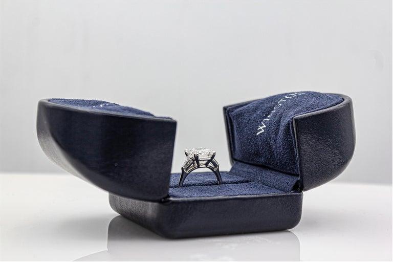 Women's Harry Winston 4.01 Carat Emerald Cut Diamond Three-Stone Engagement Ring For Sale
