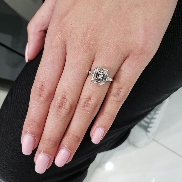Harry Winston 4.01 Carat Emerald Cut Diamond Three-Stone Engagement Ring For Sale 3