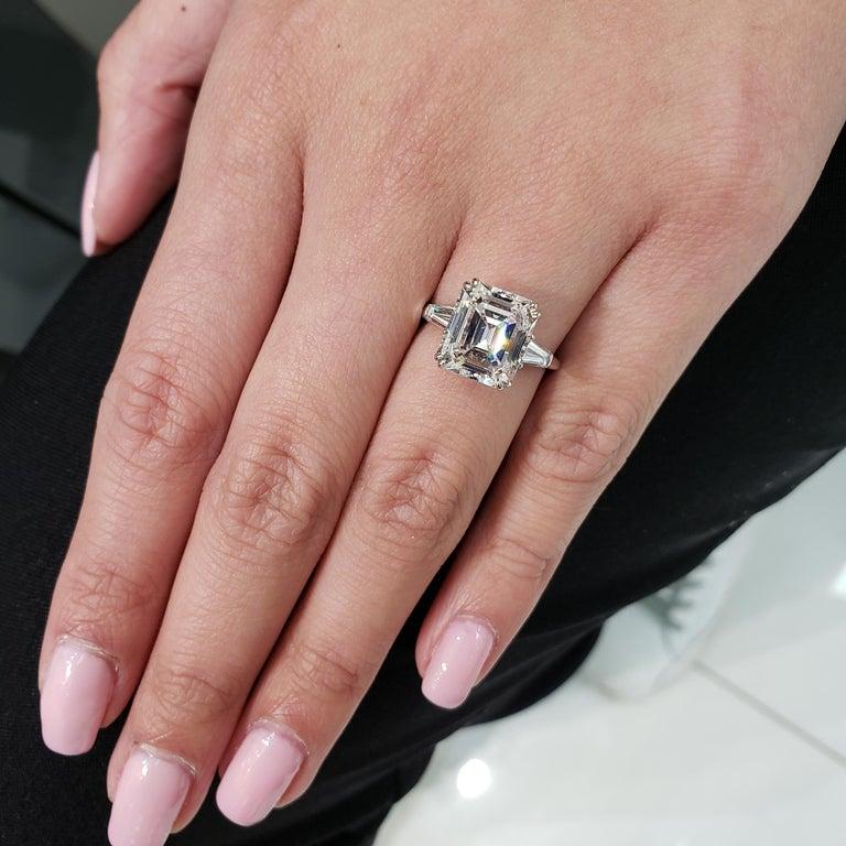 Harry Winston 4.01 Carat Emerald Cut Diamond Three-Stone Engagement Ring For Sale 4