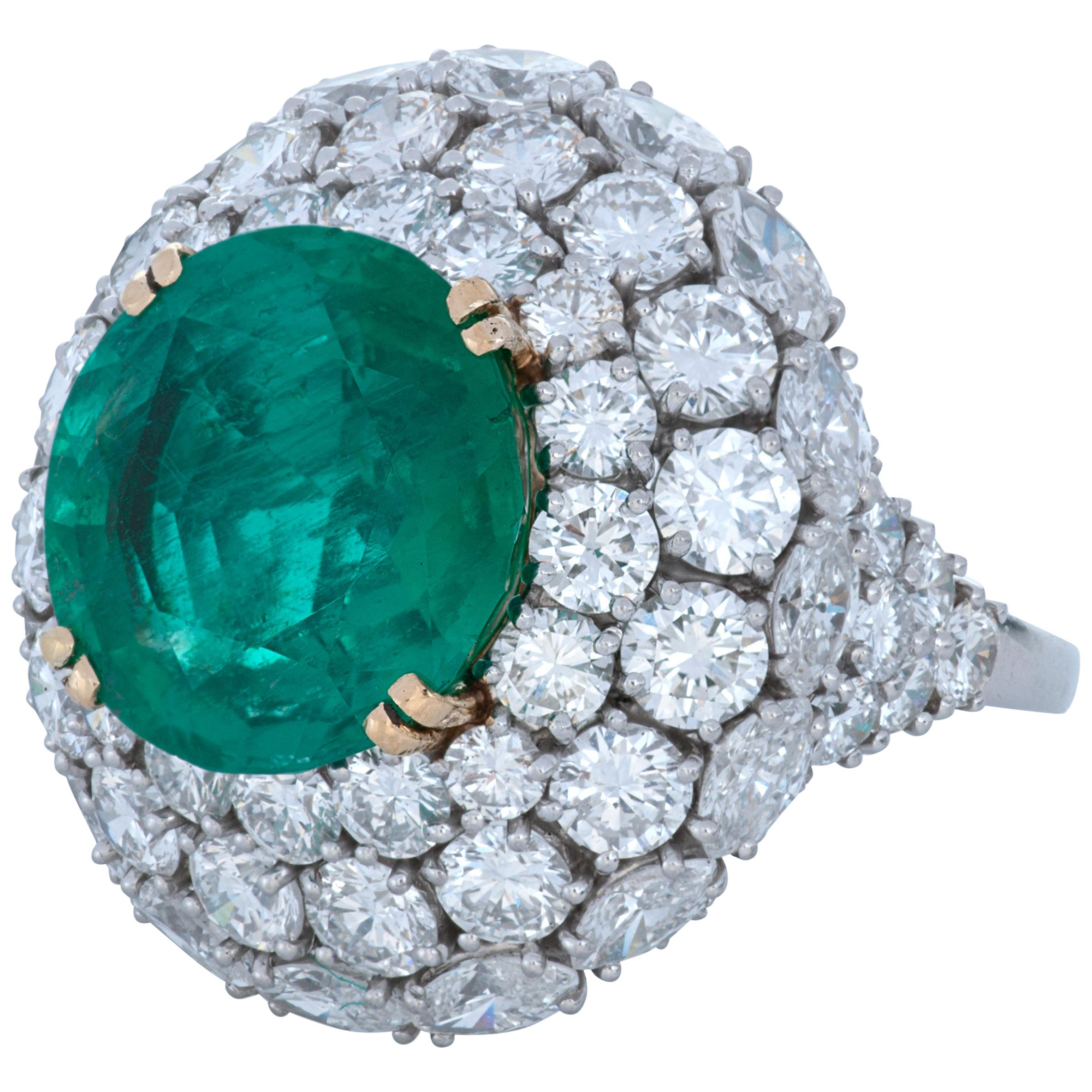 Harry Winston 6.81 Carat Colombia Emerald and Diamond Platinum&18k Cocktail Ring