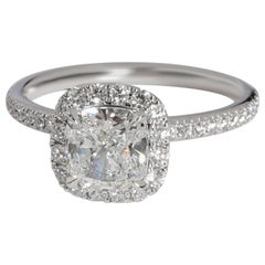 Harry Winston Cushion Diamond Engagement Ring in Platinum E VS1 1.76 Carat