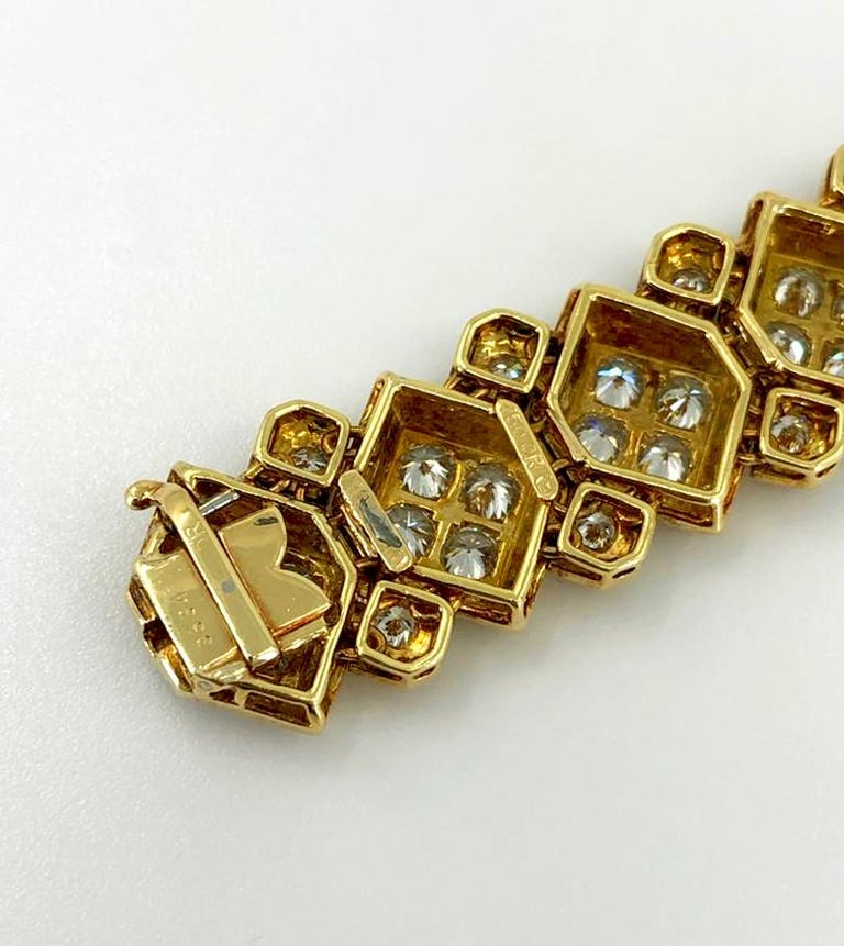 Harry Winston Diamond Bracelet In Good Condition For Sale In New York, NY