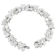 Harry Winston Diamond Bracelet in Platinum
