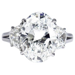 Harry Winston GIA Certified 5.01 Carat E VS1 Oval Brilliant Diamond Ring
