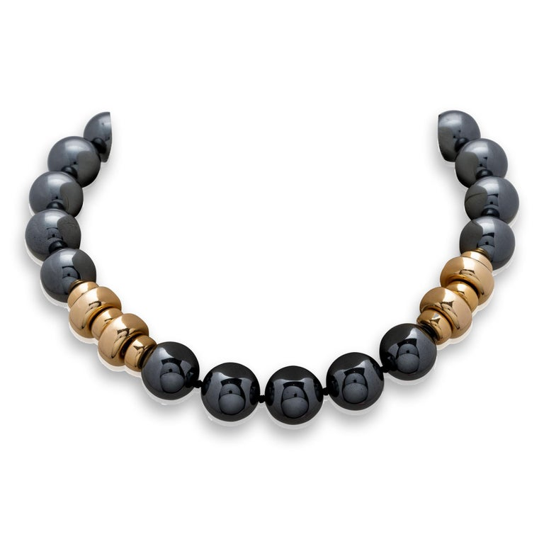 Harry Winston Hematite Gold Earring and a Gold Hematite Beads Necklace For Sale 2