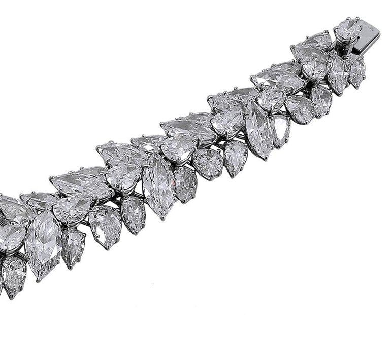 Harry Winston Pear and Marquise Shaped Diamond Cluster Bracelet In Good Condition For Sale In New York, NY