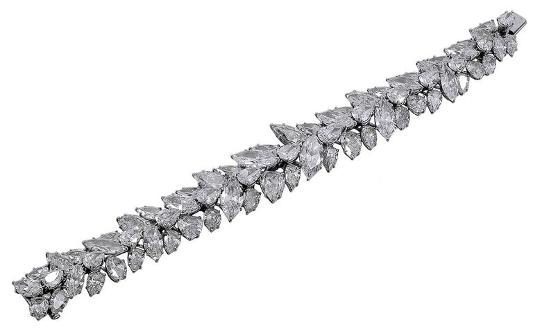 Women's Harry Winston Pear and Marquise Shaped Diamond Cluster Bracelet For Sale
